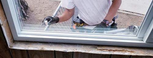 La pose fenêtres en aluminium assurée par des professionnels
